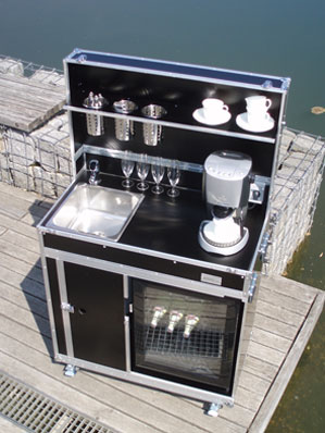 Mobile Kofferküche für den Messeeinsatz Kitchencase